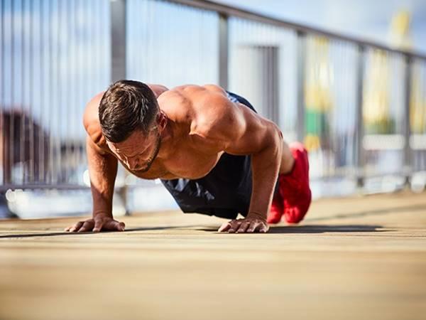 Hướng dẫn cách tăng cơ bắp tại nhà không cần dụng cụ