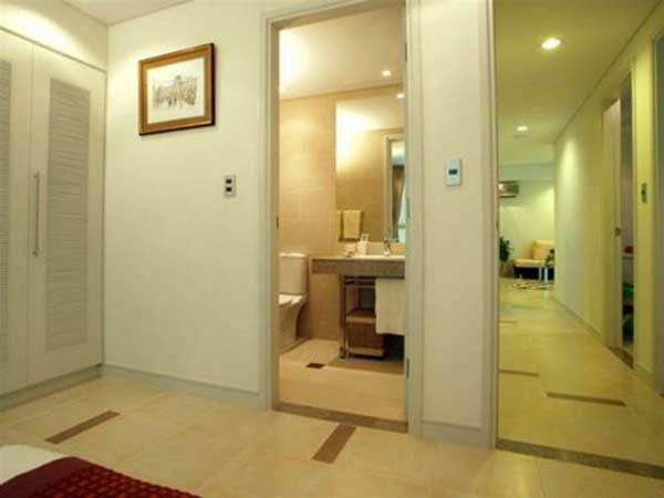 Vì sao không nên để cửa nhà vệ sinh đối diện cửa phòng ngủ