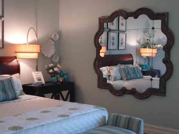 Hướng dẫn cách đặt gương trong phòng ngủ chuẩn phong thủy