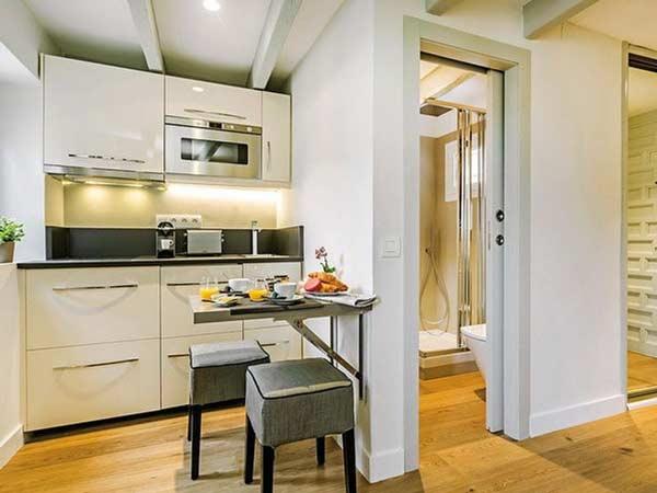 Lý do không nên thiết kế bếp đối diện nhà vệ sinh